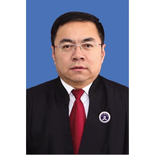 萨尔图杨律师